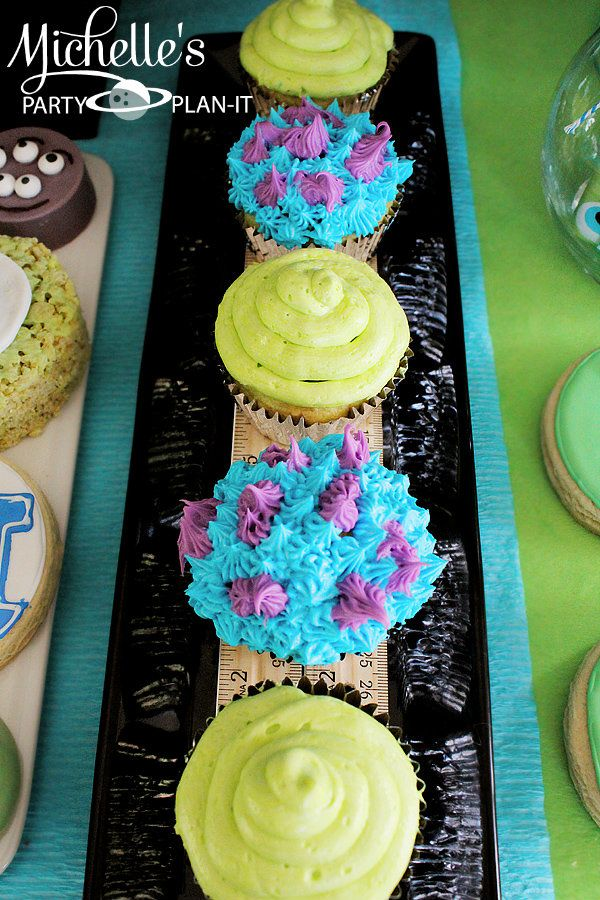 Mike and Sulley cupcakes. Michelle's Party Plan-It: Monsters Pre-Scare School