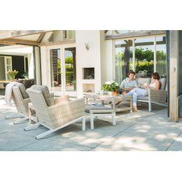 Ontmoet de Monteria loungeset! Deze set is vervaardigd uit aluminium en afgewerkt met het populaire vlechtwerk wicker. Wat deze loungeset bijzonder maakt is het unieke onderstel dat schuin afloopt. Op zoek naar glamour en stijl in uw tuin? Dan is de Monteria iets voor u!