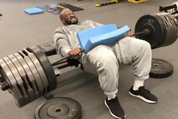Quarterbacks should be shivering browsing James Harrison's Instagram account. The 39-year-old posted his latest workout Thursday.