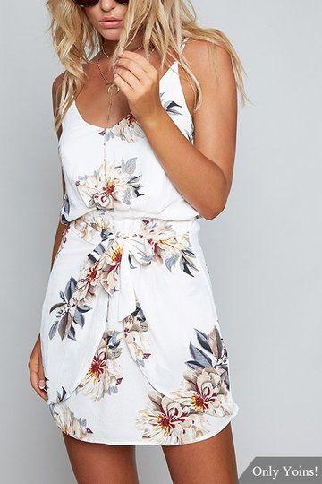 Random Floral Print Stretch Waist Sleeveless Strappy Dress