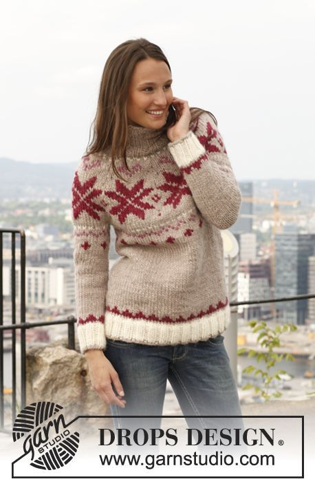 "Free pattern: Knitted DROPS jumper with round yoke in ""Eskimo"". Size: S - XXXL."