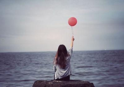 simplicity: Pink Balloon, Buckets Lists, Girls Generation, Vintage Wardrobe, Vintage Photography, Red Balloon, Baby Girls, Photo Baby, Inspiration Quotes