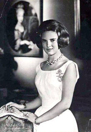 saweeeeeeeet....Princess Anne-Marie of Greece.......... she had to be awesome....! ;)