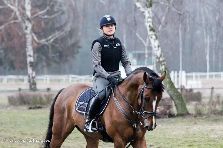 Safety is the number one priority on the list of every person who plays sport. Goals of a professional sportsman are different from goals of a person who rides amateurishly, however both these people would have a common target – to come back safely to the stable. Horse riding is considered to be a dangerous sport (of high-risk), and often even as an extreme one. Surely it is due to riders' work with horse – a big, strong, quickly and instinctively reacting animal.