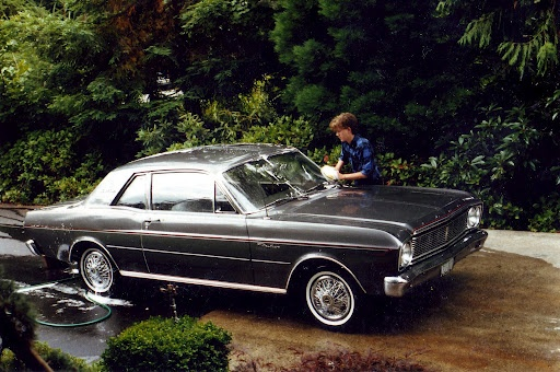 66 Falcon. I had one of these.