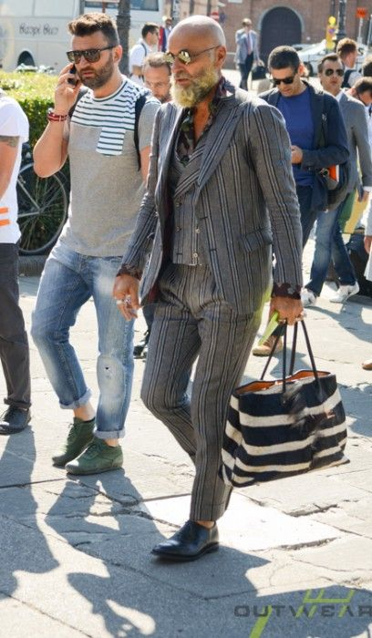 takablotaro:  Street style Pitti Uomo 86 – Powered by Outwear –… http://yourstyle-men.tumblr.com/post/89407957384