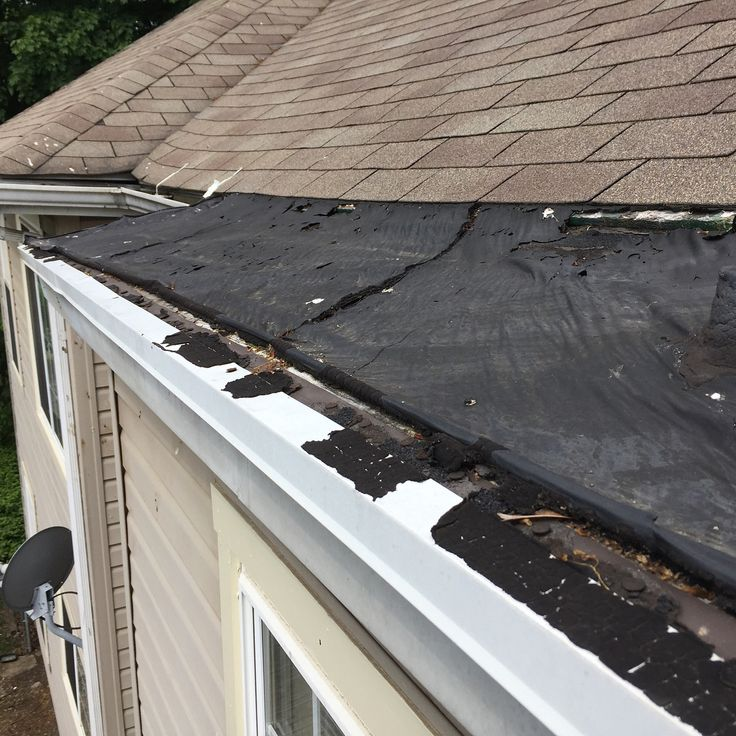 This is what we found when checking out a roof leak.  Turns out the contractor only used grace ice and water shield as the final layer on this section of low pitch roof.  Im surprised it lasted as long is it did.  Have you ever been burned by a contractor?? . . . . #propertymanagement #biggerpockets #realestateinvestor #dontbealittlebitch #hustlemuscle #construction #workinghard #renovation #rentalproperty #financialfreedom #investinrealestate #lovewhatido #investmentproperty #incomeproperty…