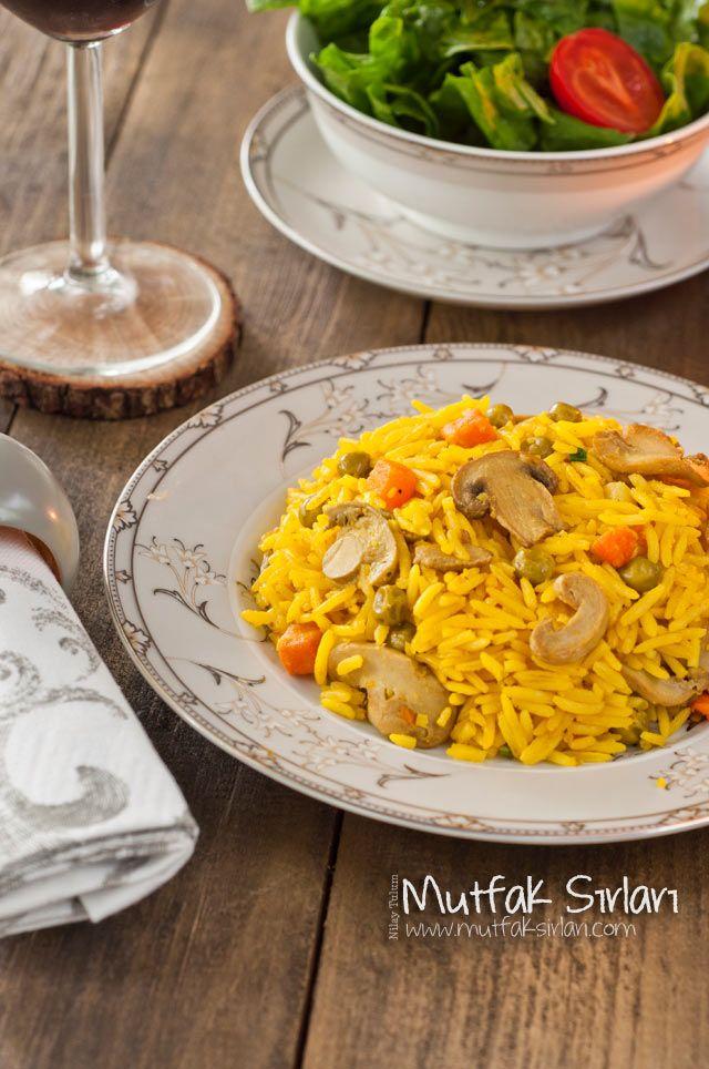 Zerdeçallı Sebzeli Basmati Pilavı Tarifi | Mutfak Sırları
