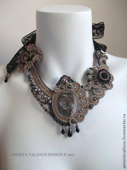 Inconnue necklace. Anneta Valious design