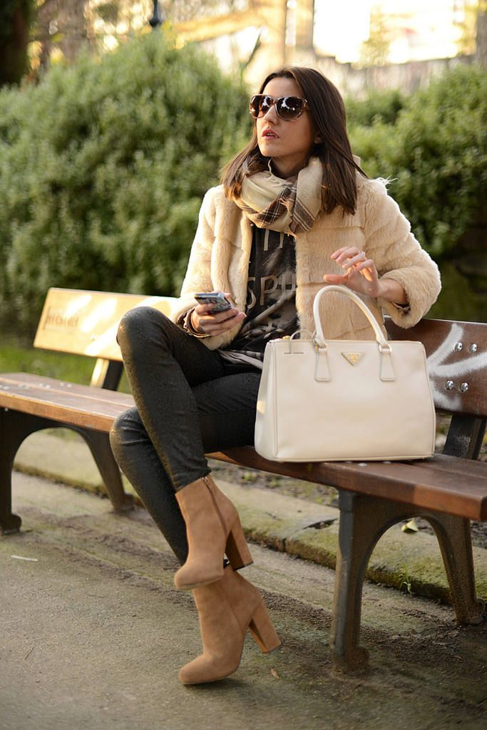 Soft Sunday ( Jeans & Booties & Ankle boots ) with Alexandra Pereira
