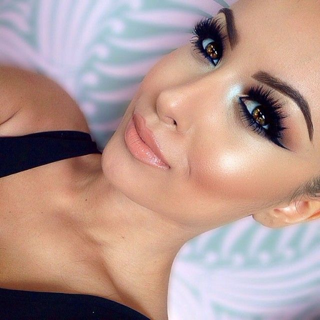 Brown foundation? Yes or no? : http://mymakeupideas.com/brown-foundation-yes-or-no/