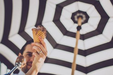 stripes,sun and melting ice cream