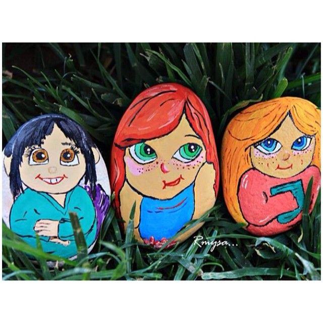 #taş #taşboyama#stone #painting #kız #kızlar#girls#esmer#sarışın#kızıl#tatlılar#tatlı #handmade#elemeği#el