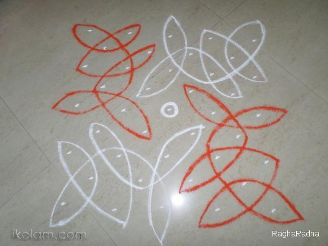 Rangoli SWASTHIK CHIKKU 1-9-1 straight line dots.   m.iKolam.com