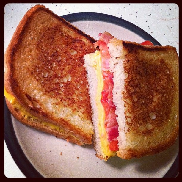 bacon tomato grilled cheese | Good Food & Drink | Pinterest | Grilled ...