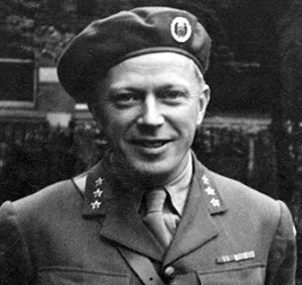 Leif Tronstad Noorse wetenschapper en militair strateeg die meegeholpen heeft met het saboteren van de zwaar water transport naar Duitsland