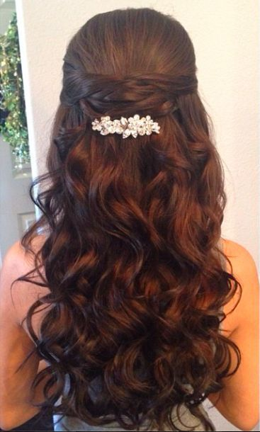 <3 this color! The style is nice too! Half Up Half Down Wedding Hairstyle With Diamond Pin