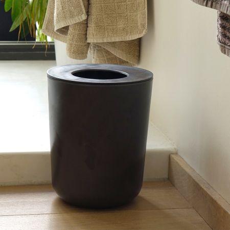 Les 25 meilleures id es de la cat gorie poubelle salle de - Poubelle salle de bain bambou ...