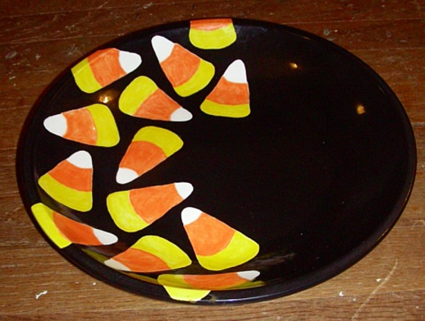 Use this large pasta bowl for Halloween trick-or-treat candy fall display or pasta & 150 best Fall u0026 Halloween images on Pinterest | Ceramic painting ...