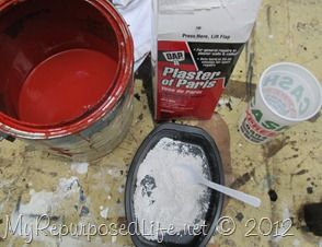 DIY Homemade Chalky Paint (kids table and chairs)