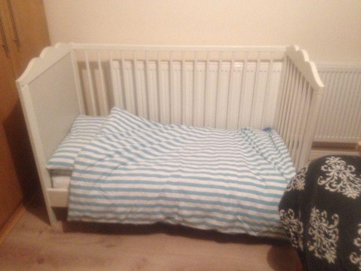 hensvik ikea toddler bed from cot with lit hensvik ikea. Black Bedroom Furniture Sets. Home Design Ideas