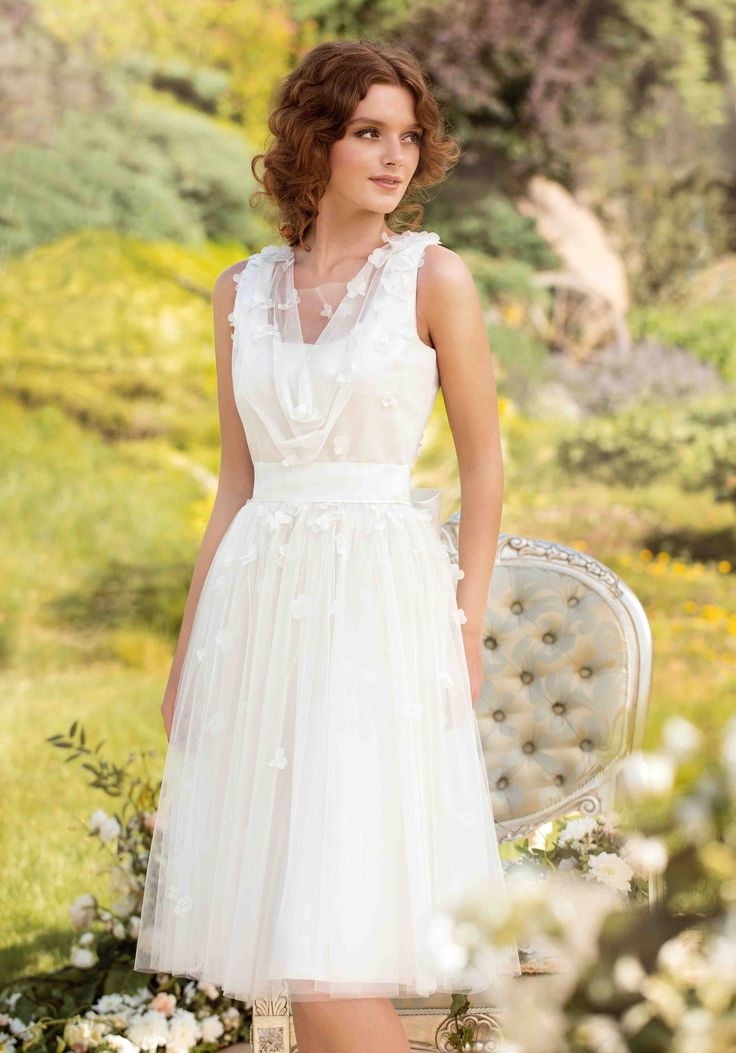 Cheap Bridal Gown Buy Quality Wedding Dress Directly From China Short Suppliers New Arrival A Line V Neck Knee Length Organza Appliques