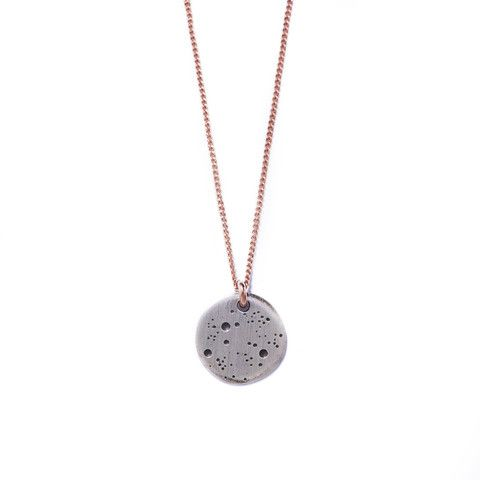 One of our favourites: famke's moon necklace