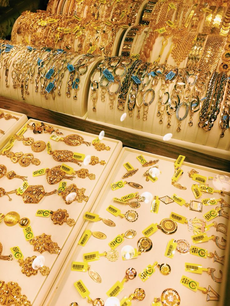 Dubai City Of Gold Gold Jewelry For Sale 18k Gold