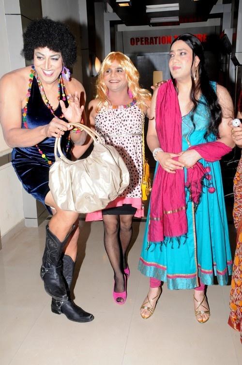 'Balwinder Singh Famous Ho Gaya' Movie Stills - Vindu Dara Singh, Rajpal Yadav, Mika Singh