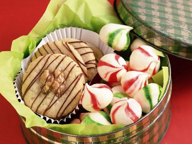 Biscotti di Natale fatti con il Bimby: LEGGI LA RICETTA ► http://www.ricette-bimby.com/2012/12/biscotti-natalizi-da-regalare-ricette.html