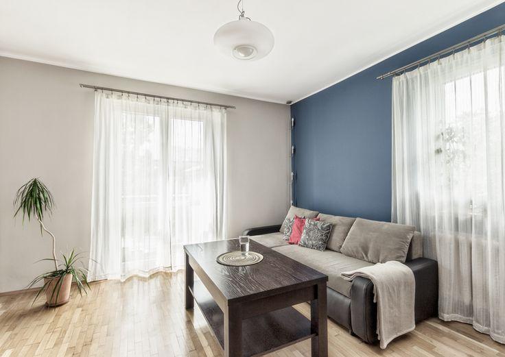 home staging Gliwice, home, dekorialove, fotografia wnętrz, salon, living room, aranżacja wnętrz, niebieska ściana