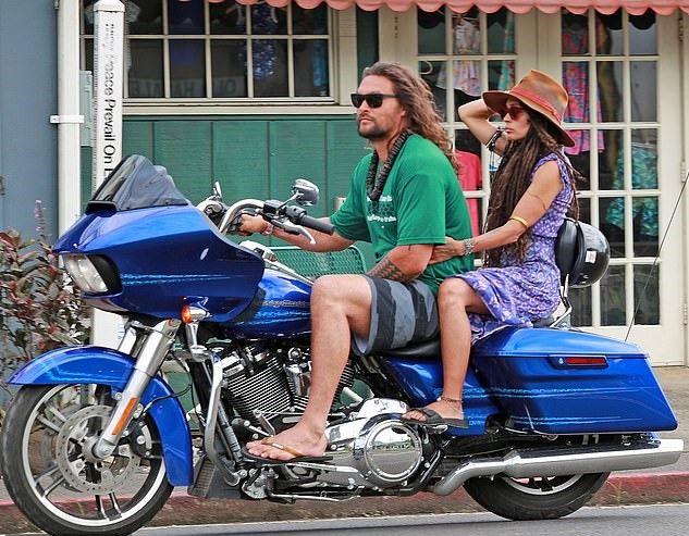 Mais Alguns Momentos Do Jason A Passear Pelo Hawaii Com A Sua Harley Davidson 03 De Agosto De 2019 Jason Momoa Aquaman Jason Momoa Jason