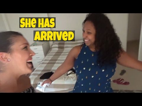 My friend from London has arrived in Sydney.  Watch the video to have a good laugh and to know what to see in Sydney!