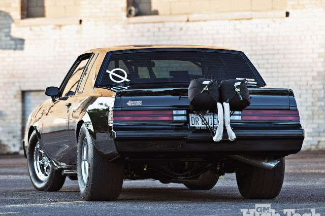 gmhtp_05_o 1987_buick_grand_national Rear