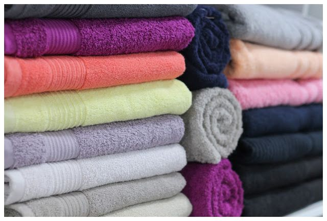 Maghella di casa                 : Come piegare gli asciugamani per guadagnare spazio...