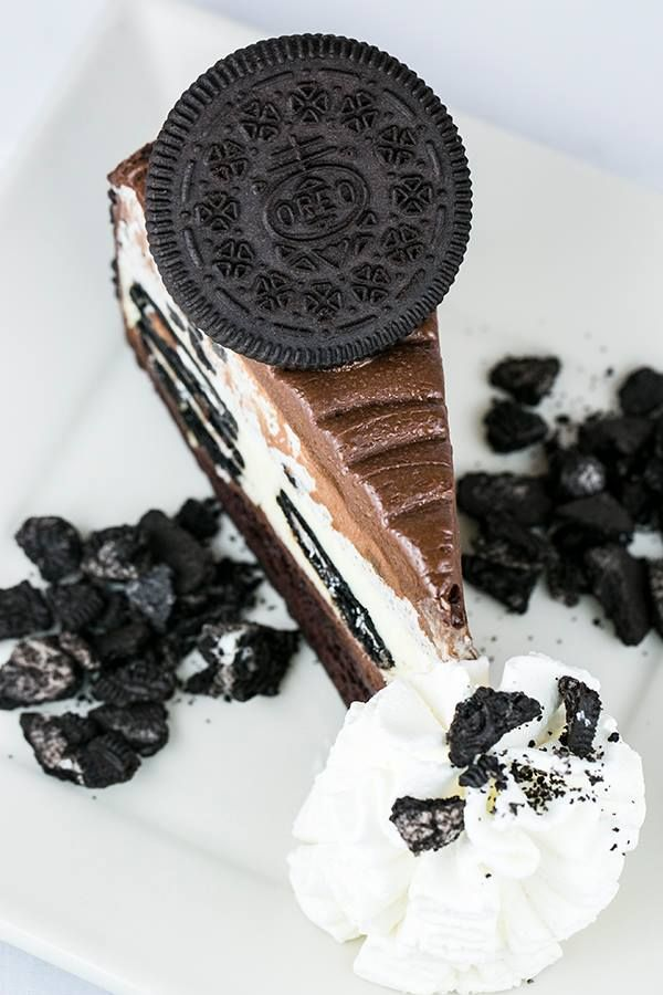 The Cheesecake Factory - OREO® Dream Extreme Cheesecake OMG GUYS I'M EATING THIS RIGHT NOW ^_^ lol