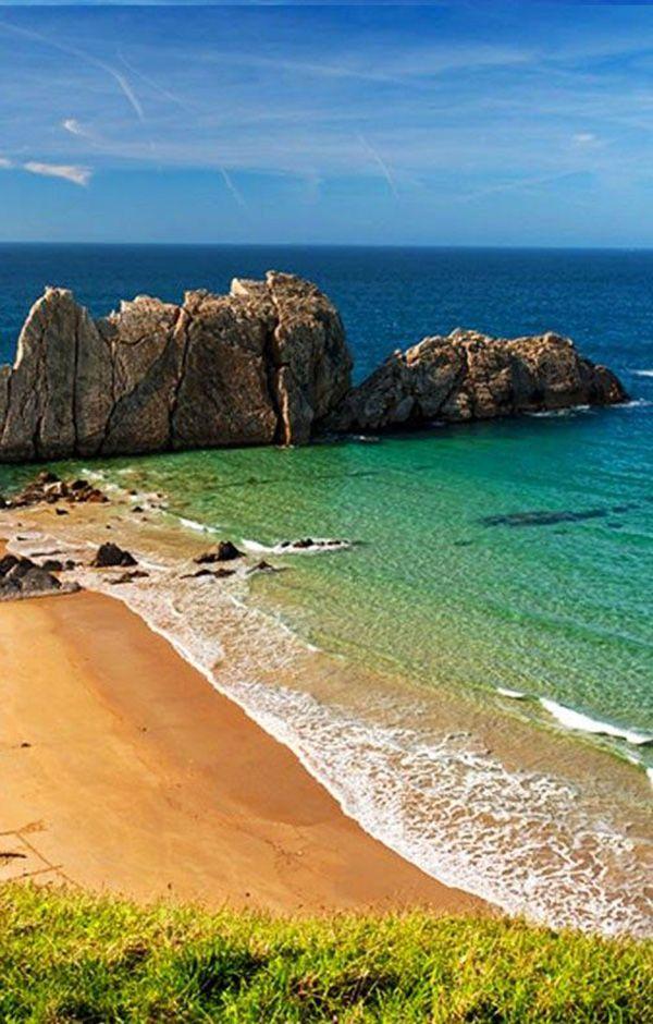 Las playas de Cantabriason de las mas impresionantes de España para hacer una escapada fin de semana. Si bien su clima no suele ser muy cálido, la temperatura del agua…