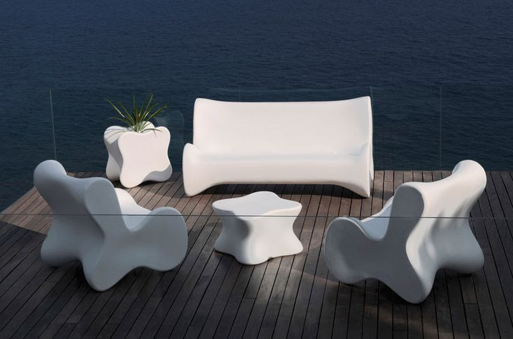Outdoor Small armchair Doux by Vondom | #designbest @vondom