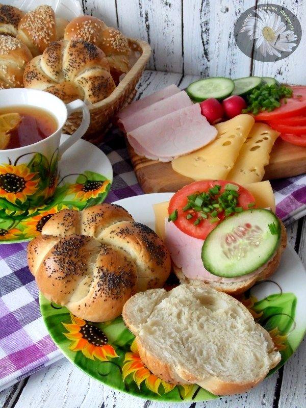 Kulinarne szaleństwa Margarytki: Nocna piekarnia czyli plecione bułeczki