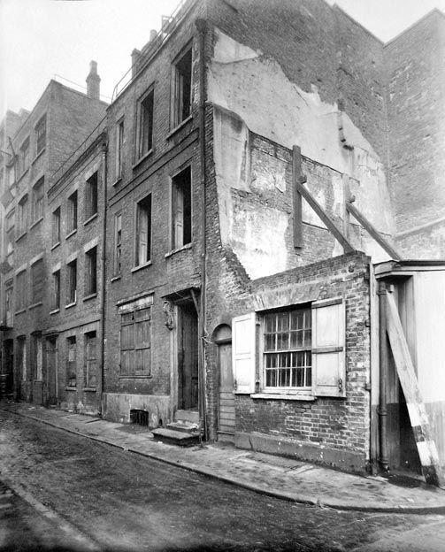 Fort Street Spitalfields, 1944