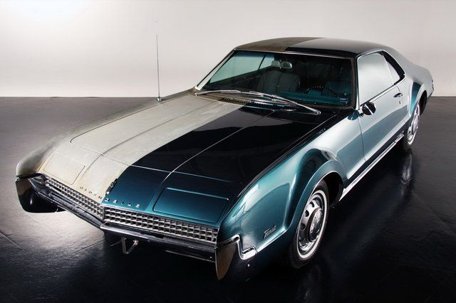 1967 Oldsmobile Toronado    GM doing some cool innovation. Front wheel drive, 6.6L V8, wrapped in a classic body.