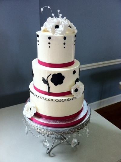 hot wedding cakes 17 best images about black and pink theme on 15343