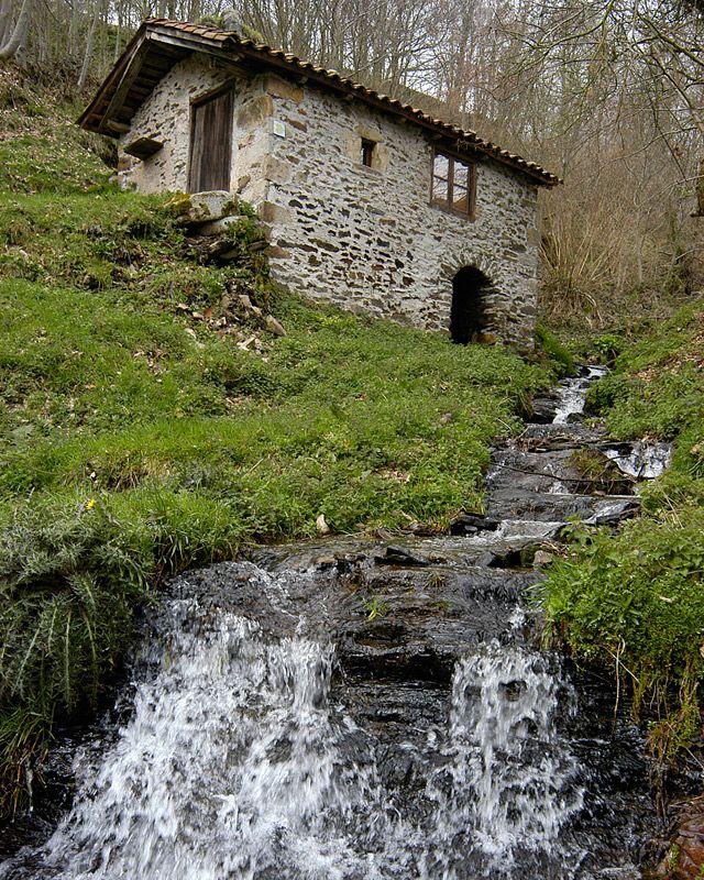 """Camino de Santiago -Primitivo- paisajes impresionantes, el Camino """"rompepiernas"""" yo tengo fotos más bonitas pero no puedo subirlas, una pena."""