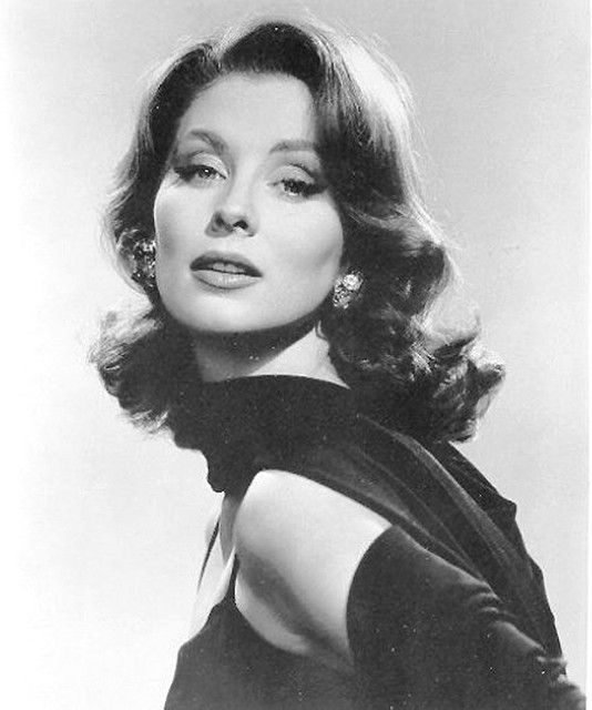 One of the first supermodels, Suzy Parker