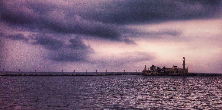 The Prince of waves. Pir Haji Ali Shah Bukhari (R.A.) #hajiali #dargah #mosque #peace #prayer & #blessings #mumbai #mumbaikar #mumbaidiaries #mumbai_igers #itz_mumbai #mumbai_uncensored #mumbairains #mumbai_ig #ig_maharashtra #ig_mumbai #monsoon #rain #clouds #photography #traveler #traveldiaries #travelphotography #mystory #like4like #follow4follow