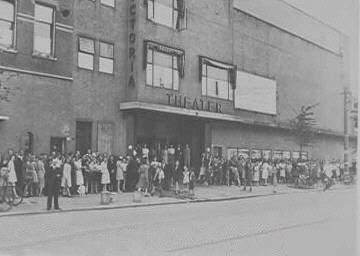 Rotterdam bergweg, bioscoop Victoria gebouw Correct uit 1943, theater victoria…