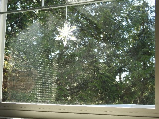 how to clean glass windows from outside