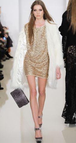 Gorgeous golden dress by RACHEL ZOE #MyPerfectChristmasParty