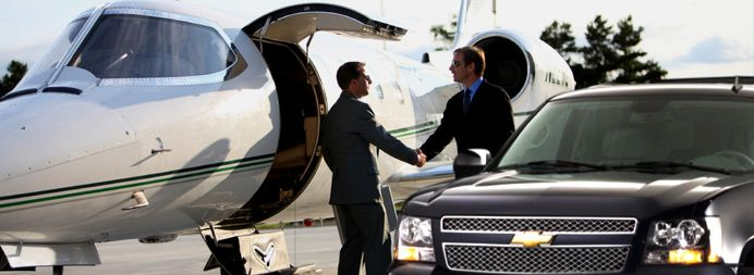 Traveler's Choice Limousine provides flat rates to all Hartsfield-Jackson Atlanta airport transportation! Customize your entire experience in order to fulfill your individual requirements. For more Detail call us on 1-800-720-3818