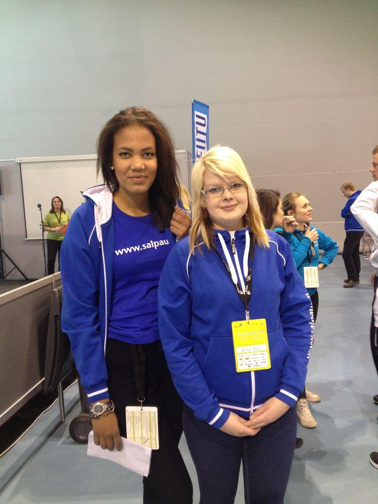 Matilda Mane ja Jutta Niemi toimivat matkailukilpailijoiden saattajina Taitajissa.Matilda on 3. vuoden opiskelija ja Jutta ensimmäisen. Heistä on kiva kohdata eilaisia haasteita Taitajissa, sekä uusia ihmisiä. He kertovat että on mennyt paremmin kuin odottivat ja kannustavat Salpauksen matkailukilpailijoita!